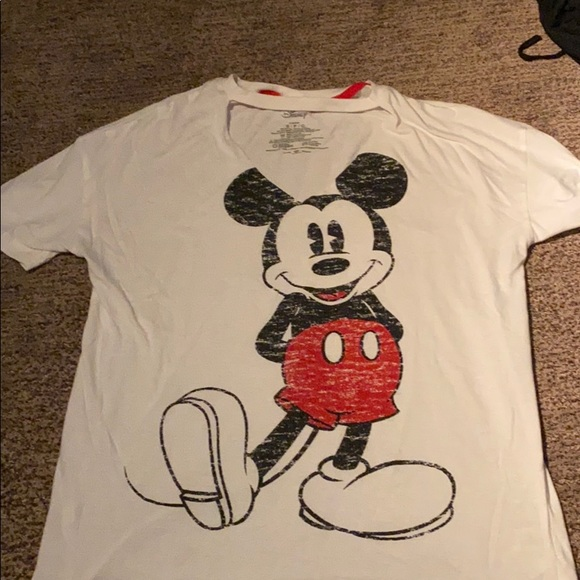 Mickey Mouse t-shirt ❣️3 for$15